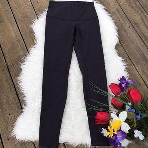 🌺 EUC high waist solid black leggings 🌺